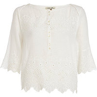 Cream cut out hem 3/4 sleeve top