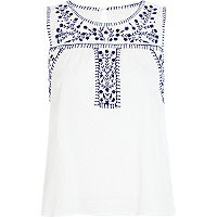 White floral embroidery tank top