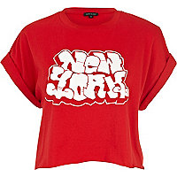 Red New York graffiti print cropped t-shirt