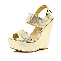 Gold metallic platform wedges
