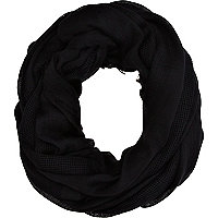 Black mesh snood