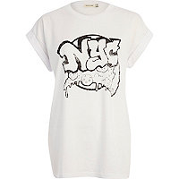 White NYC pizza print oversized t-shirt