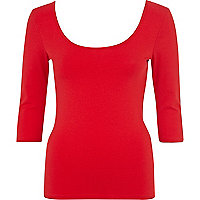 Red scoop neck backless ballerina top