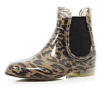 Brown leopard print chelsea boot wellies