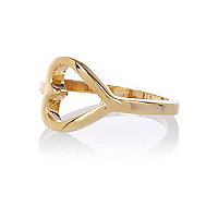 Gold plated cut-out heart ring