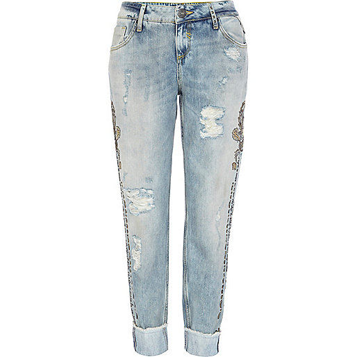 Light wash embellished Cassie boyfriend jeans