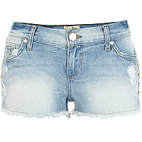 Light wash eyelet embellished denim shorts