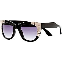 Black metal plate cat eye sunglasses