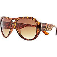 Brown tortoise shell aviator sunglasses