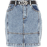 Light wash patchwork kiss denim skirt