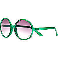 Green oversized round sunglasses
