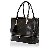 Black zip base tote bag