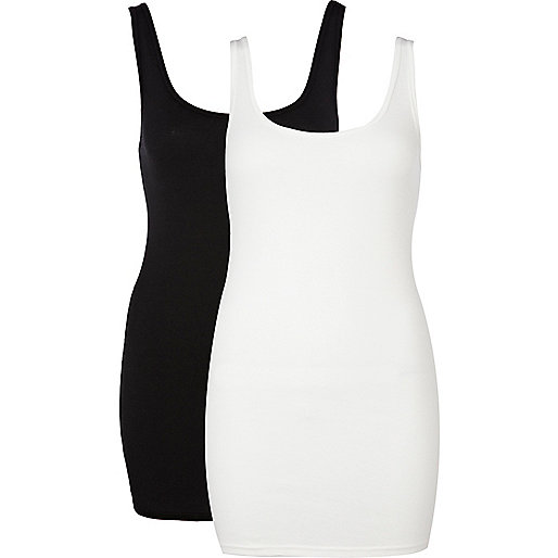 Black and white scoop neck vest pack