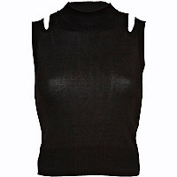 Black cut out shoulder knitted crop top