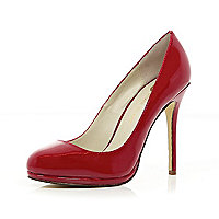 Red patent round toe court shoes