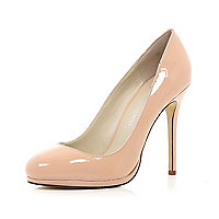Light pink patent round toe court shoes