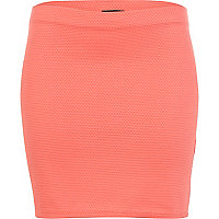 Coral textured mini tube skirt