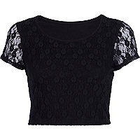 Black lace cap sleeve crop top