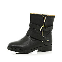 Black zip trim biker boots