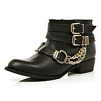 Black chain trim buckle biker boots
