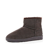 Dark brown faux fur lined boots