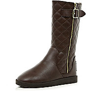 Brown faux fur lined quilted boots