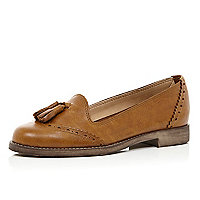Light brown tassel front loafers