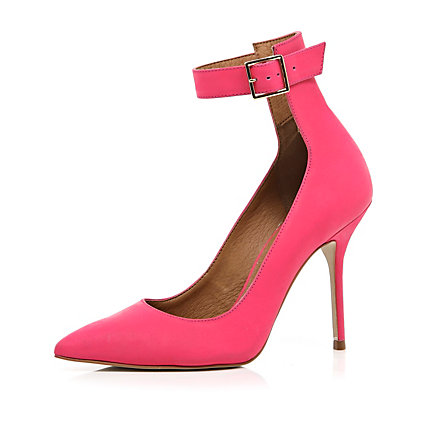 Pink ankle strap pointed court shoes