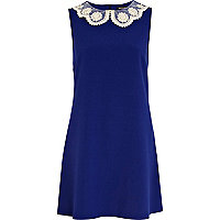 Blue daisy collar shift dress