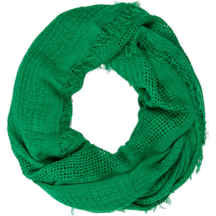 Green gauze laddered snood