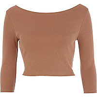 Light brown 3/4 sleeve crop top