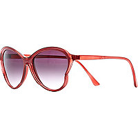 Red curved oversized sunglasses