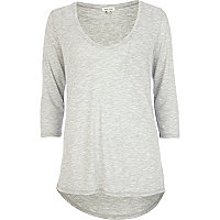 Grey scoop neck 3/4 sleeve t-shirt