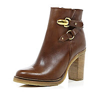 Brown strap detail block heel ankle boots