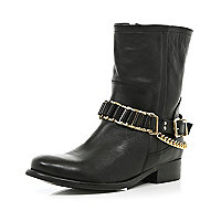 Black chain trim faux fur lined biker boots