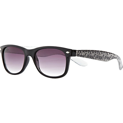Black lace arm retro sunglasses