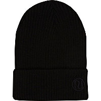 Black knitted rib beanie hat