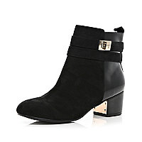 Black contrast panel twist lock ankle boots