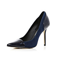 Dark blue toe cap pointed court shoes