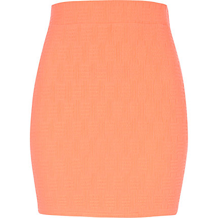 Pink basket weave textured mini skirt