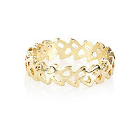 Gold tone cut out leaf thumb ring