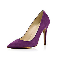 Purple pointed court shoes