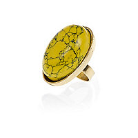 Yellow marbled gem stone ring