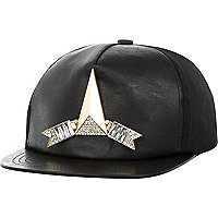 Black gem stone arrow trucker hat