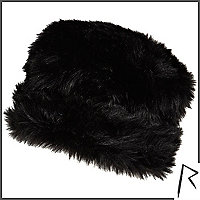 Black Rihanna faux fur cossack hat