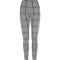 Black and white check leggings