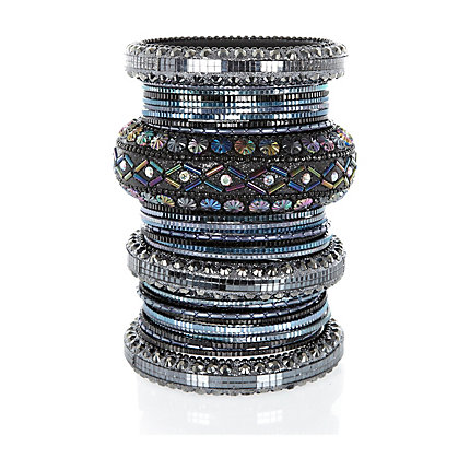 Grey textured embellished bangles pack