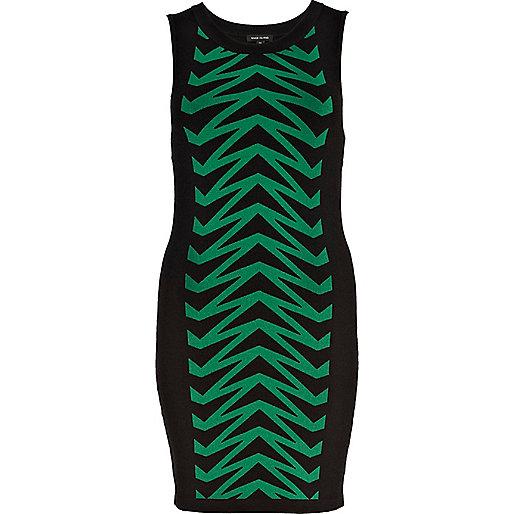 Green chevron knitted tube dress