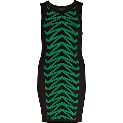 Green chevron knitted tube dress