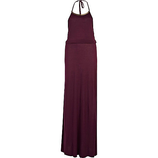 Dark red necklace plate maxi dress
